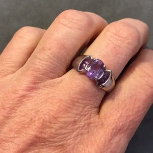 Jewelry - Sterling Amethyst ring